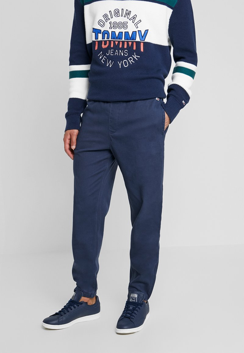 Tommy Jeans - CUFFED PANT - Trousers - black iris