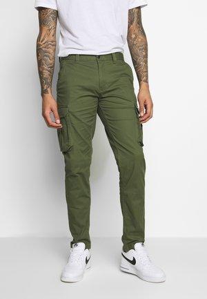DOBBY PANT - Pantaloni cargo - cypress