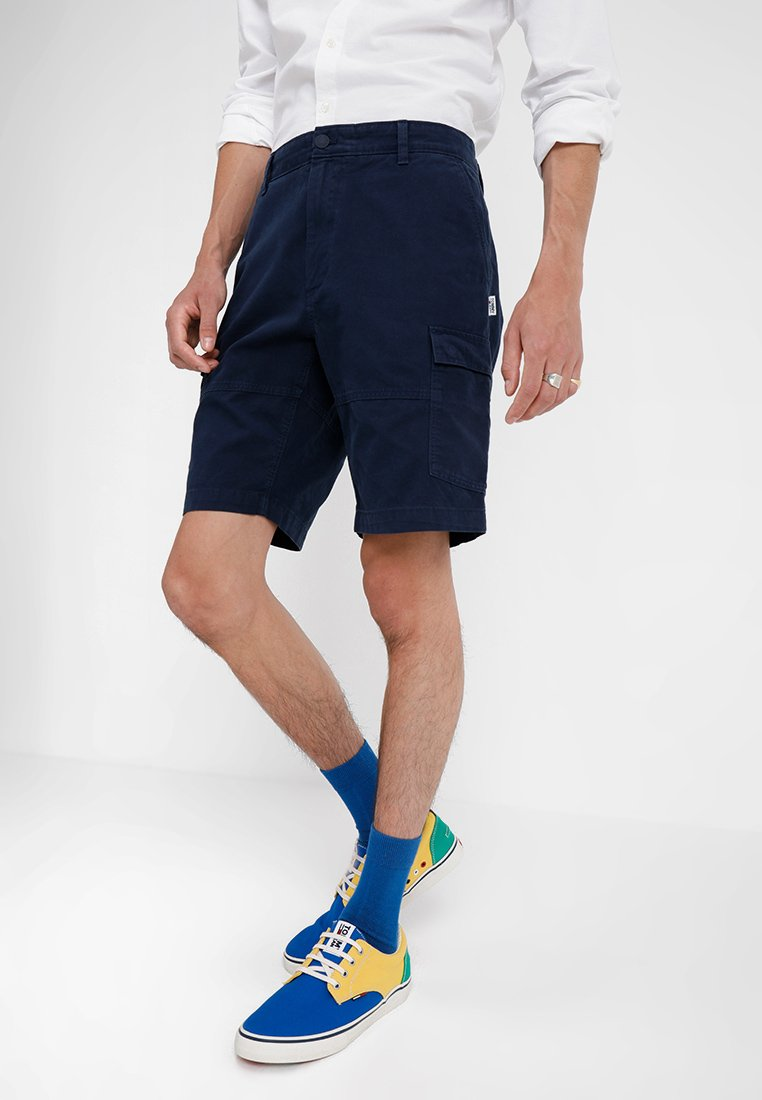 Tommy Jeans - CLEAN CARGO - Shorts - blue