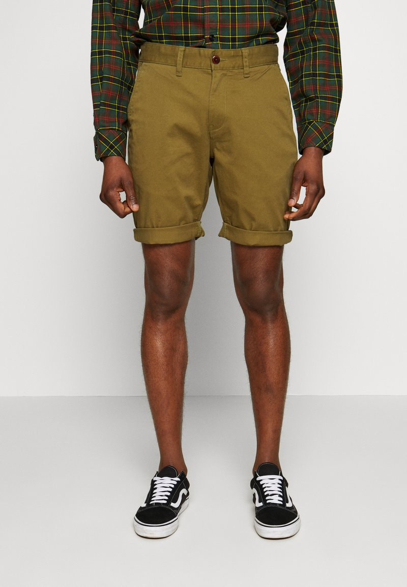 Tommy Jeans - ESSENTIAL - Shorts - uniform olive