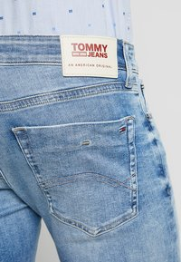 Tommy Jeans - SCANTON - Jeans Shorts - denim - 5