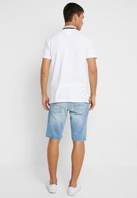 Tommy Jeans - RONNIE BELB - Jeans Shorts - denim - 2
