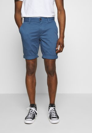 ESSENTIAL - Shorts - audacious blue
