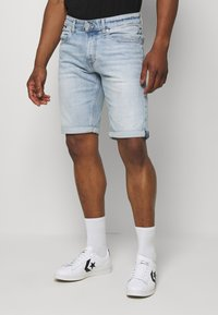 Tommy Jeans - RONNIERELAXED - Denim shorts - light-blue denim - 0
