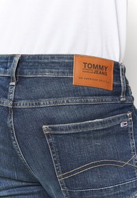 Tommy Jeans - Denim shorts - blue denim - 4