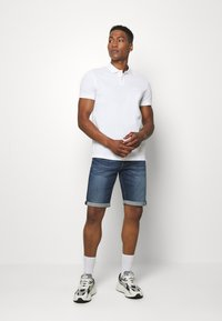 Tommy Jeans - Denim shorts - blue denim - 1