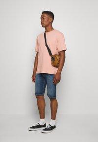 Tommy Jeans - Denim shorts - blue denim - 1