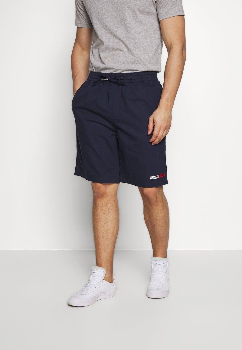 Tommy Jeans - BASKETBALL - Shorts - twilight navy