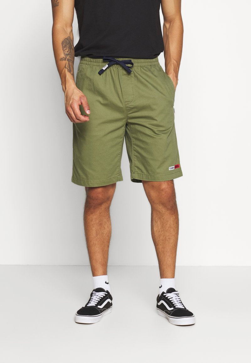 Tommy Jeans - BASKETBALL - Shorts - uniform olive