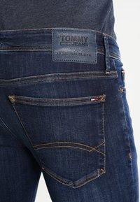 Tommy Jeans - SKINNY SIMON - Jeans Skinny Fit - dynamic true dark - 4