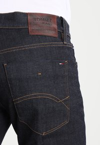 Tommy Jeans - SCANTON - Slim fit jeans - rinse comfort - 4