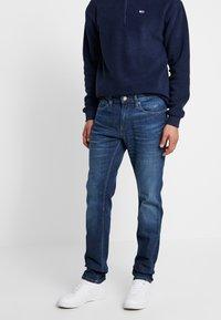 Tommy Jeans - SCANTON HERITAGE - Jeans slim fit - atlanta - 0