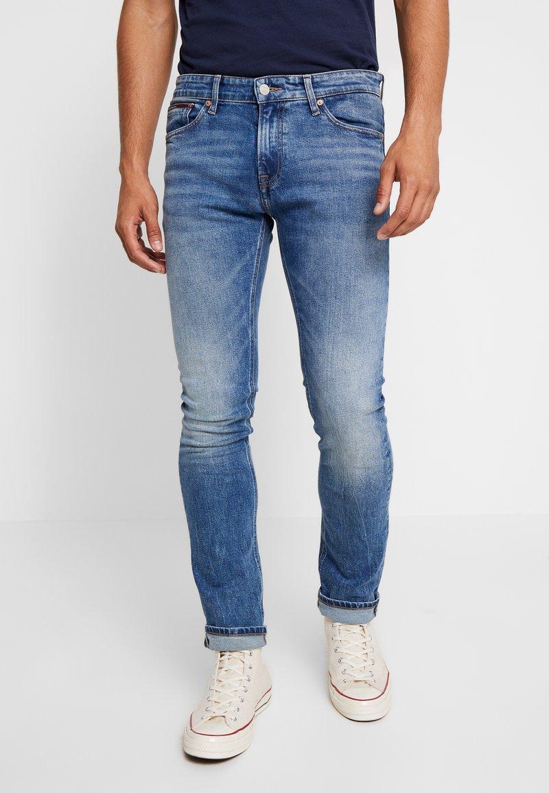 Tommy Jeans - SCANTON HERITAGE  - Jeans slim fit - blue denim