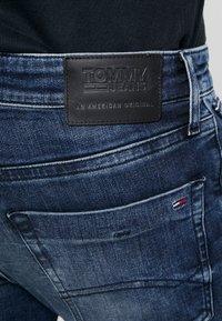 Tommy Jeans - SLIM SCANTON  - Jeans slim fit - dynmc grand deep - 4