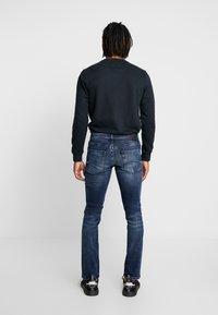 Tommy Jeans - SLIM SCANTON  - Jeans slim fit - dynmc grand deep - 2