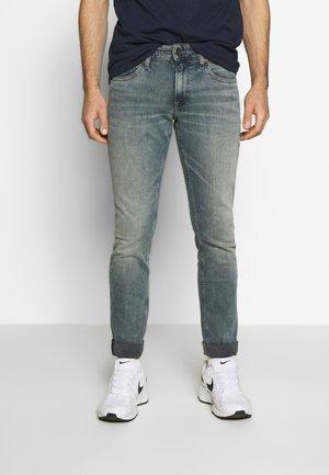 SCANTON SLIM - Slim fit jeans - western mid