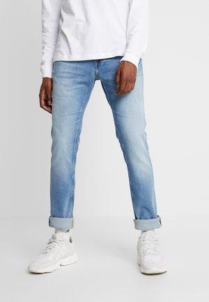 SCANTON SLIM - Jeans slim fit - spruce light