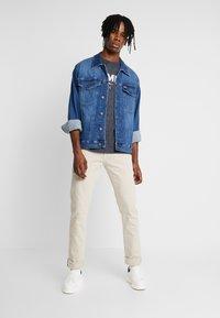Tommy Jeans - SCANTON SLIM - Slim fit jeans - pumice stone com - 1