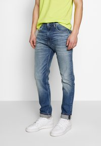 Tommy Jeans - 1988 RELAXED TAPERED - Jeans relaxed fit - moon mid blue - 0