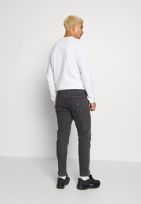Tommy Jeans - DAD STRAIGHT - Jeans Straight Leg - aries - 2