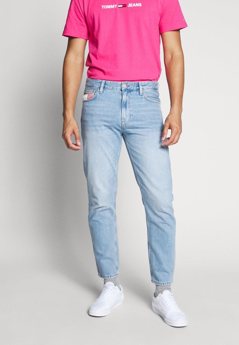 Tommy Jeans - DAD JEAN - Straight leg jeans - light-blue denim
