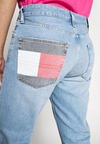 Tommy Jeans - DAD JEAN - Straight leg jeans - light-blue denim - 4