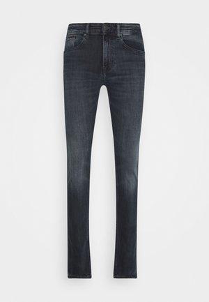 AUSTIN SLIM - Jeans slim fit - william blue