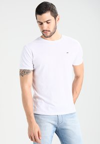 Tommy Jeans - ORIGINAL TRIBLEND REGULAR FIT - T-shirt basic - classic white - 0