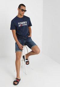 Tommy Jeans - CLASSICS LOGO TEE - Print T-shirt - blue - 1