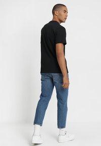 Tommy Jeans - CLASSICS LOGO TEE - Printtipaita - black - 2
