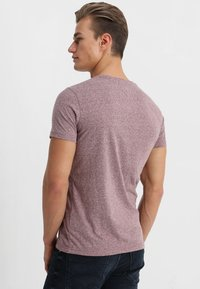 Tommy Jeans - ESSENTIAL TRIBLEND TEE - T-shirt basique - red - 2