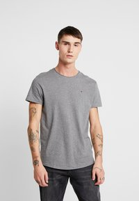Tommy Jeans - ESSENTIAL JASPE TEE - Basic T-shirt - grey heather - 0