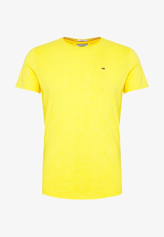 ESSENTIAL JASPE TEE - T-shirts basic - star fruit yellow