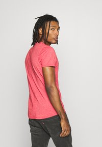 Tommy Jeans - ESSENTIAL JASPE TEE - T-shirt basique - racing red - 2