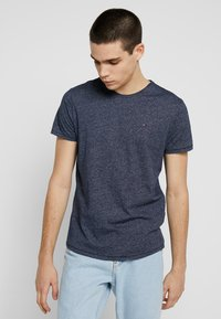 Tommy Jeans - ESSENTIAL JASPE TEE - Basic T-shirt - blue - 0