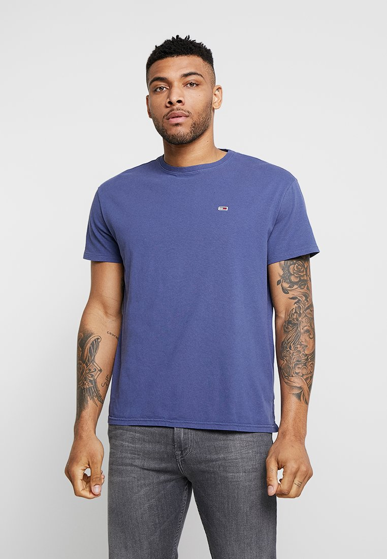 Tommy Jeans - GARMENT DYE TEE - T-shirt basic - blue