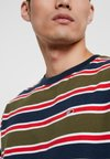 Tommy Jeans - BOLD STRIPE TEE - Print T-shirt - green