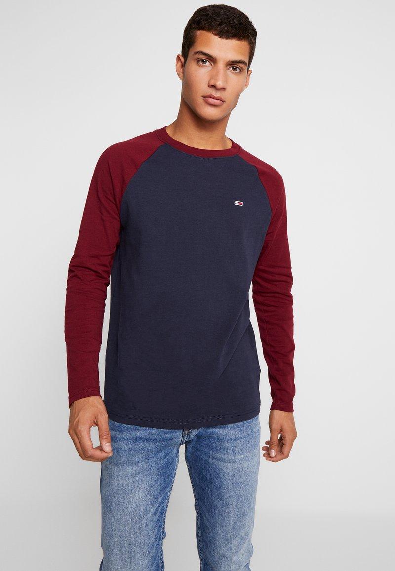 Tommy Jeans - RAGLAN TEE - Long sleeved top - burgundy