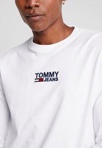 Tommy Jeans - Long sleeved top - classic white - 5