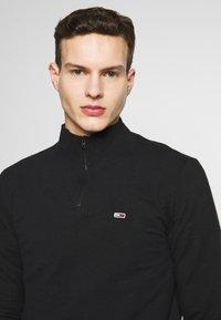 Tommy Jeans - TJM BRUSHED ZIP NECK TEE - Camiseta de manga larga - tommy black - 5