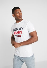 Tommy Jeans - LOGO TEE - T-Shirt print - classic white - 0