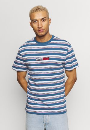 SEASONAL STRIPE LOGO TEE - T-shirt z nadrukiem - audacious blue/white