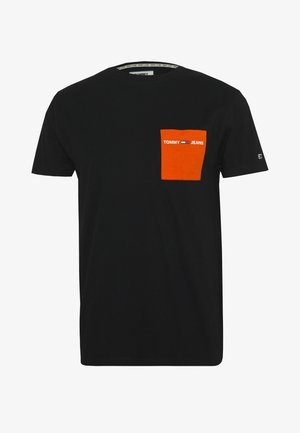 CONTRAST POCKET TEE - T-shirt con stampa - black / bonfire orange