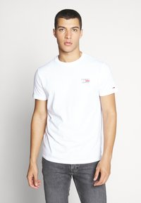 Tommy Jeans - CHEST LOGO TEE - T-shirt - bas - classic white - 0