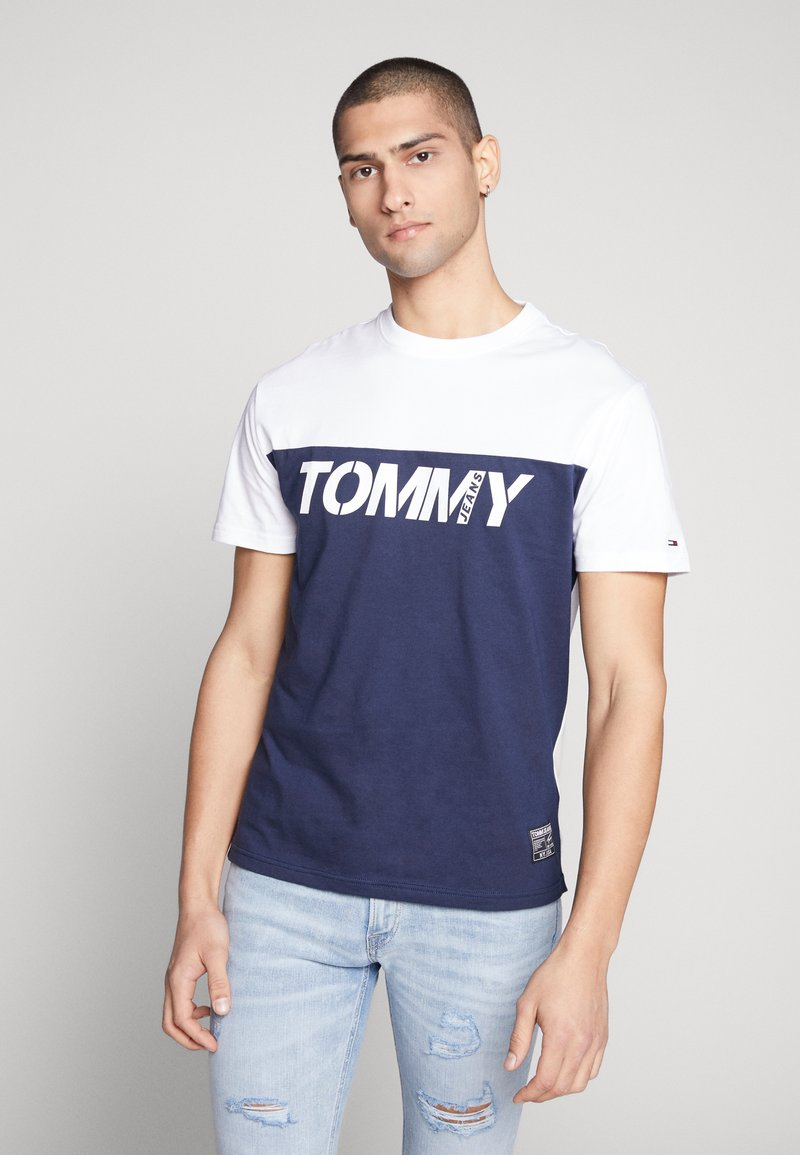 Tommy Jeans - COLORBLOCK TEE - Print T-shirt - white/multi