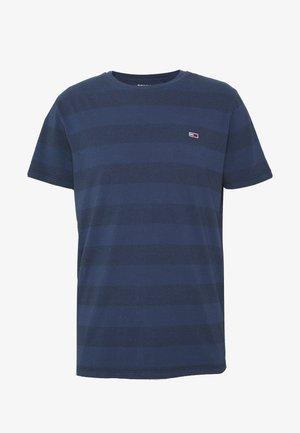 BOLD STRIPE TEE - T-shirt z nadrukiem - twilight navy stripe