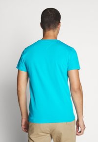 Tommy Jeans - ESSENTIAL SOLID TEE - T-shirt basique - exotic teal - 2