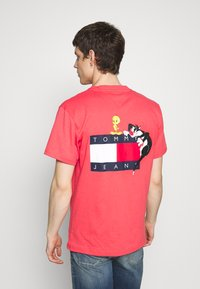 Tommy Jeans - LOONEY TUNES TEE  - T-shirt imprimé - sunset rose - 2