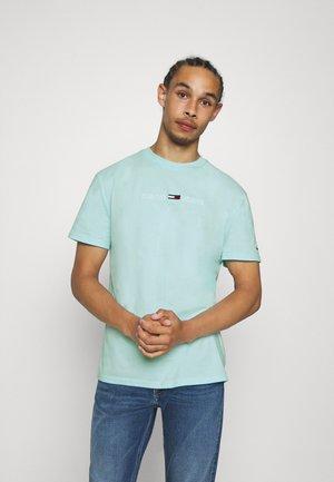 STRAIGHT LOGO TEE - T-shirt con stampa - light chlorine blue
