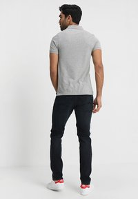Tommy Jeans - ORIGINAL FINE SLIM FIT - Piké - light grey - 2